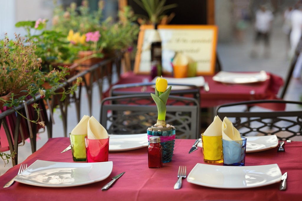 outdoor dining fort wayne restaurants